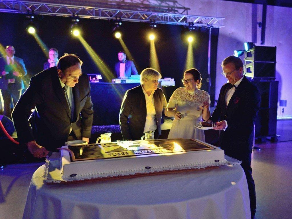25 lat tubes International - obchody jubileuszu
